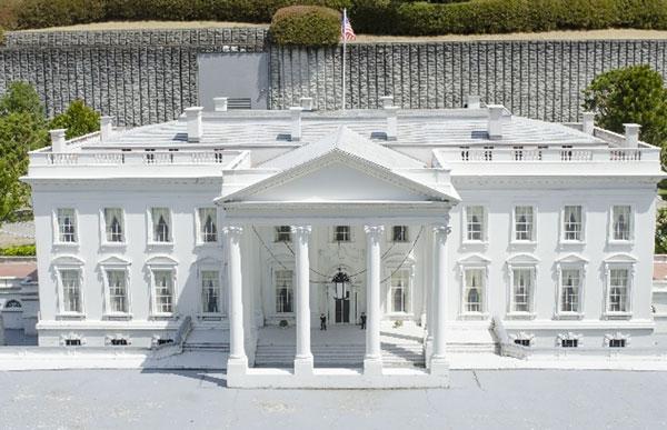 ホワイトハウスはガードが緩い?不審者が大統領の居住エリア付近まで侵入
