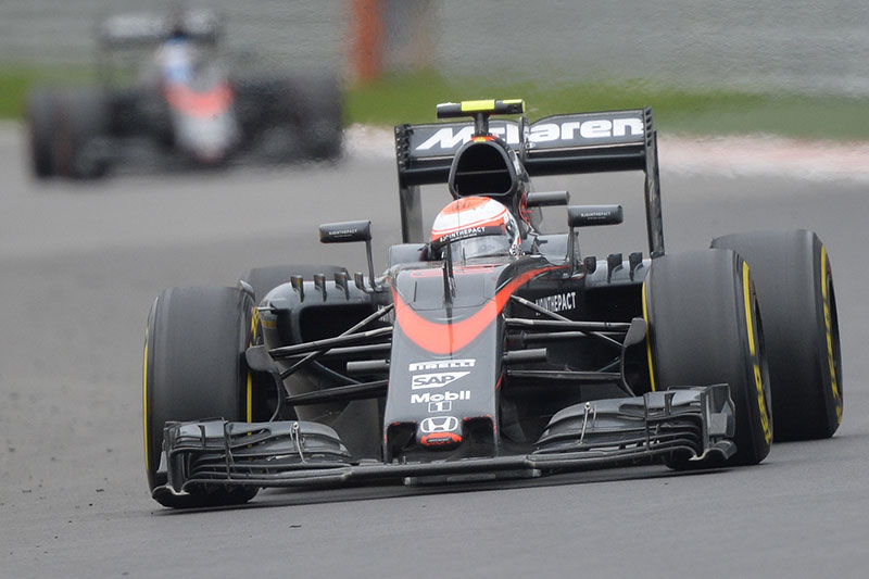 Jenson Button drives his McLaren during the 2015 Russian Grand Prix.