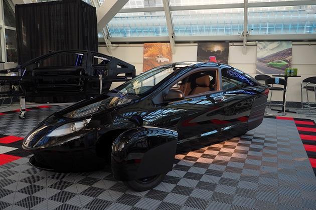 Elio Motors、量産化に向け最新の開発車両をLAオートショーで公開