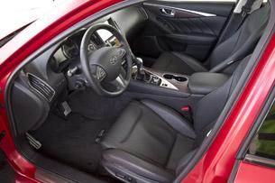 2016 Infiniti Q50 Eau Rouge Prototype