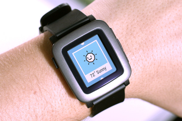 Pebble's color watch is the fastest Kickstarter project to hit $1 million