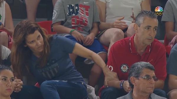 【リオ五輪】アスリートの両親も戦っている! 米体操代表チームの両親、熱のこもった応援姿が話題に