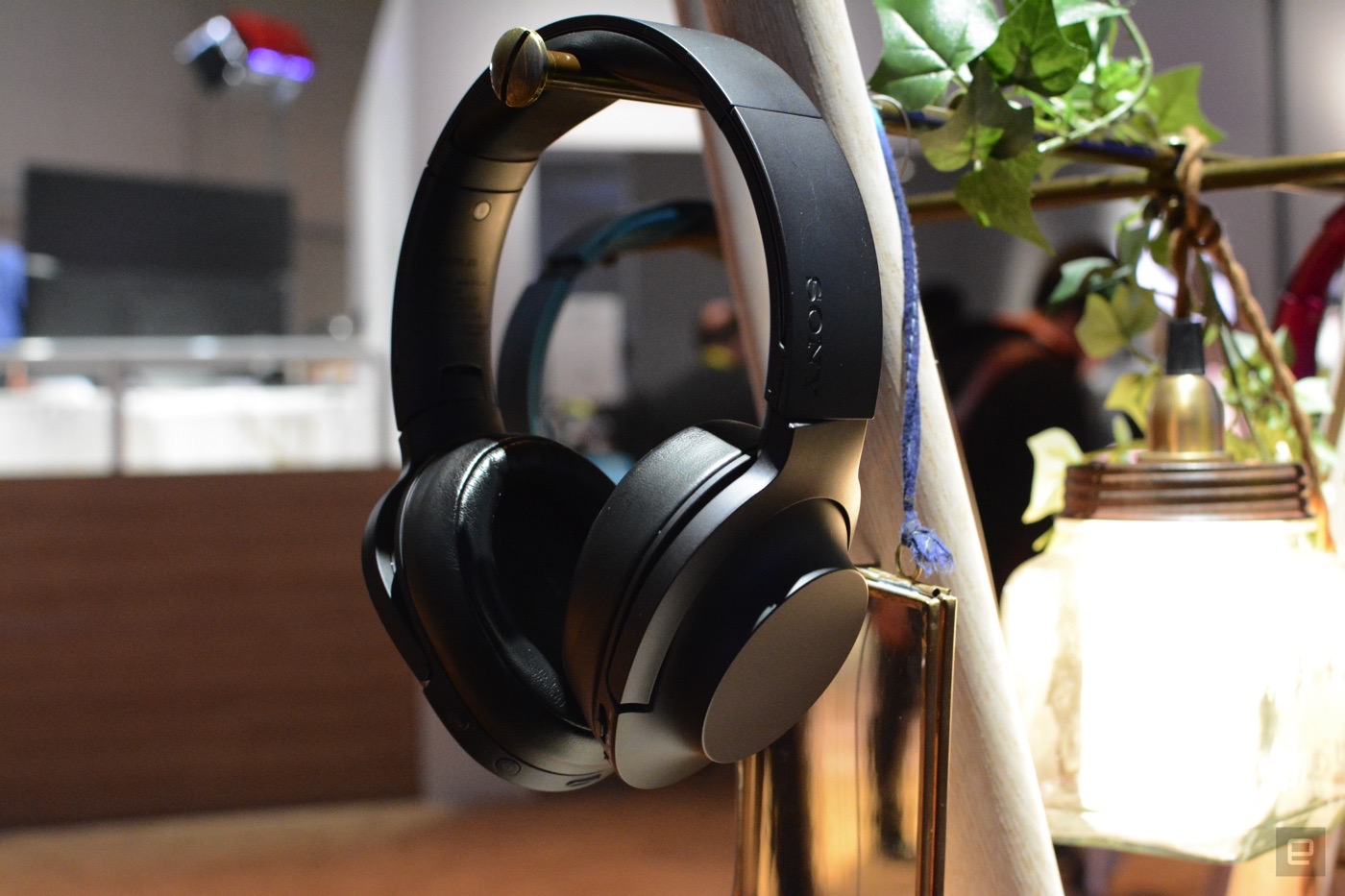 Sony's new wireless headphones mix of comfort and great audio
