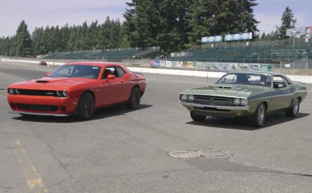 【ビデオ】最新型vs71年型! ダッジの新旧マッスルカーが対決