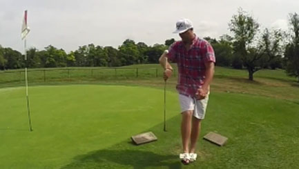 Golfer shows off astonishing trick shots