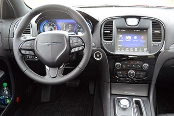 Lastcarnews 2015 Chrysler 300
