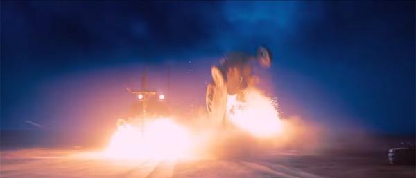 全編カーチェイス!『マッドマックス』改造暴走車130台を完全解剖!【動画】