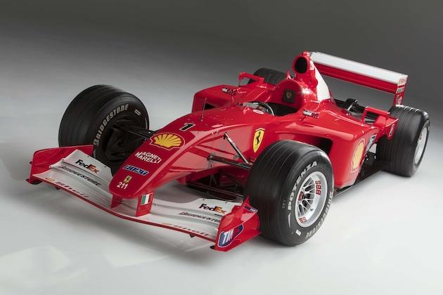ミハエル・シューマッハが2001年F1世界選手権を戦ったフェラーリのF1マシン「F2001」がオークションに!