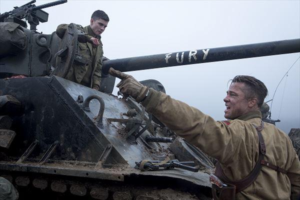 男気炸裂の戦争映画『フューリー』から貴重写真公開 ブラピ、慕われまくり秘話も