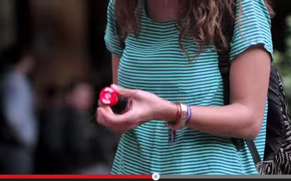 コカ・コーラの「キャップで友達ができるかもしれないプロジェクト」が世界中から称賛