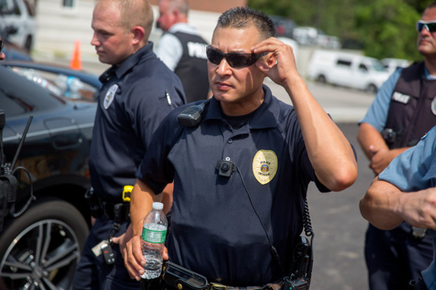 White House offers $263 million in funding for police body cameras