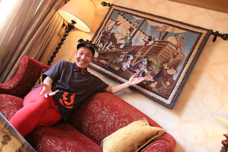 東京ディズニーリゾートを知り尽くす男の中の男!【ツートンカラー上田のメンズのための夢の国男塾】 第1回目は「男ならホテルミラコスタのテラスルームで優雅な時間を過ごしたい!の巻」