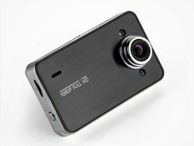 DashCam Hi­Res Car Video Recorder & Camera