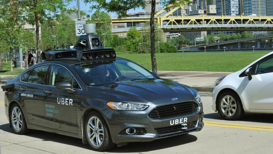 Uber retira sus vehículos autopilotados tras perder el permiso de circulación