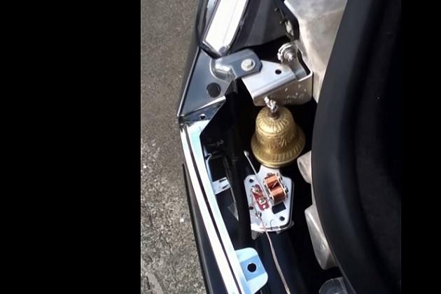 【ビデオ】最も古風な警笛を搭載したテスラ「モデル S」