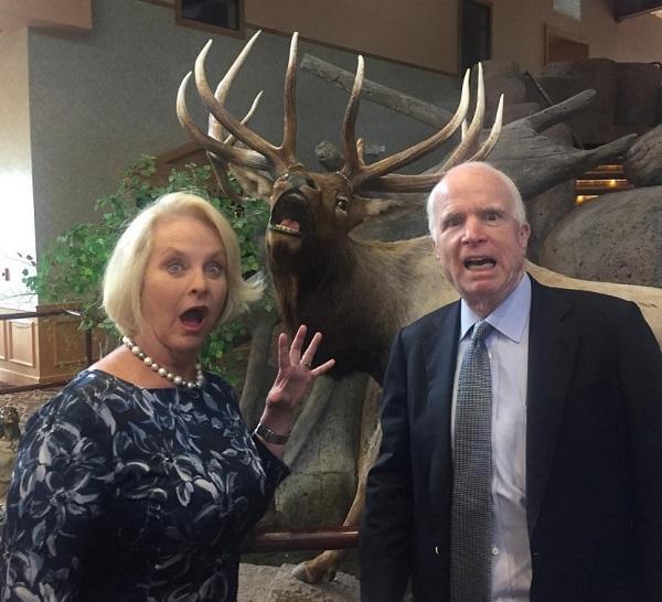 ジョン・マケイン米上院議員の夫人、シンデイさんのインスタグラムがお茶目で話題にwww