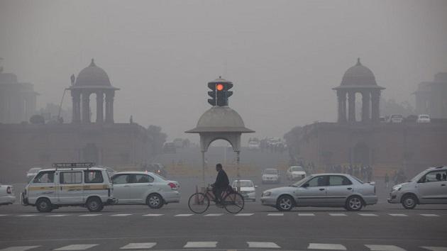 大気汚染が深刻なインドのニューデリーで、旧いディーゼル車の登録が禁止に