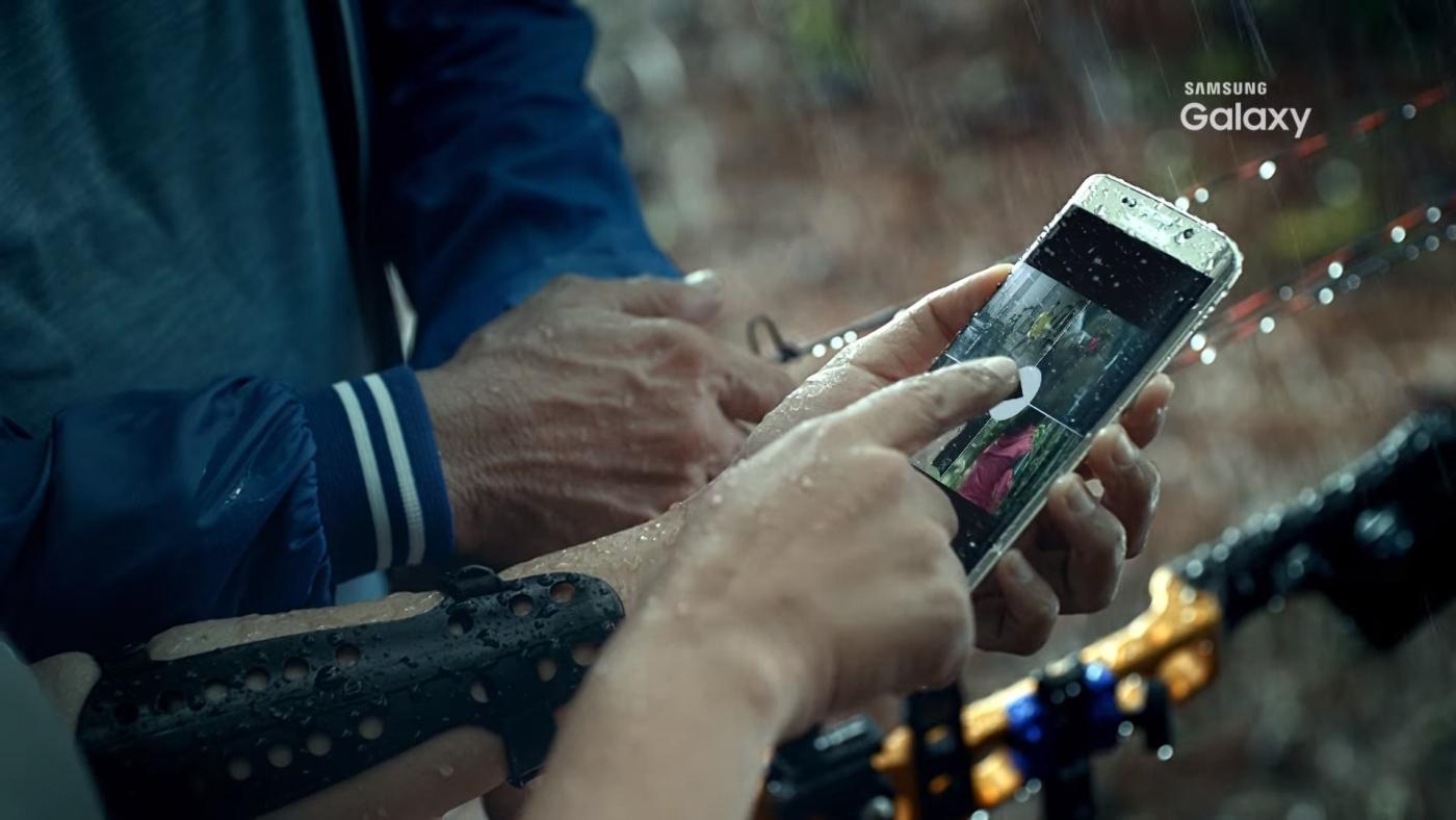 Un vídeo filtrado muestra que el Galaxy S7 será resistente al agua