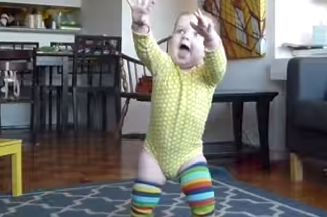 Watch baby's first steps in dad's time-lapse video