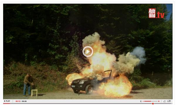 中国車に怒り狂い、破壊しまくる自動車ジャーナリストがスゴすぎて話題に