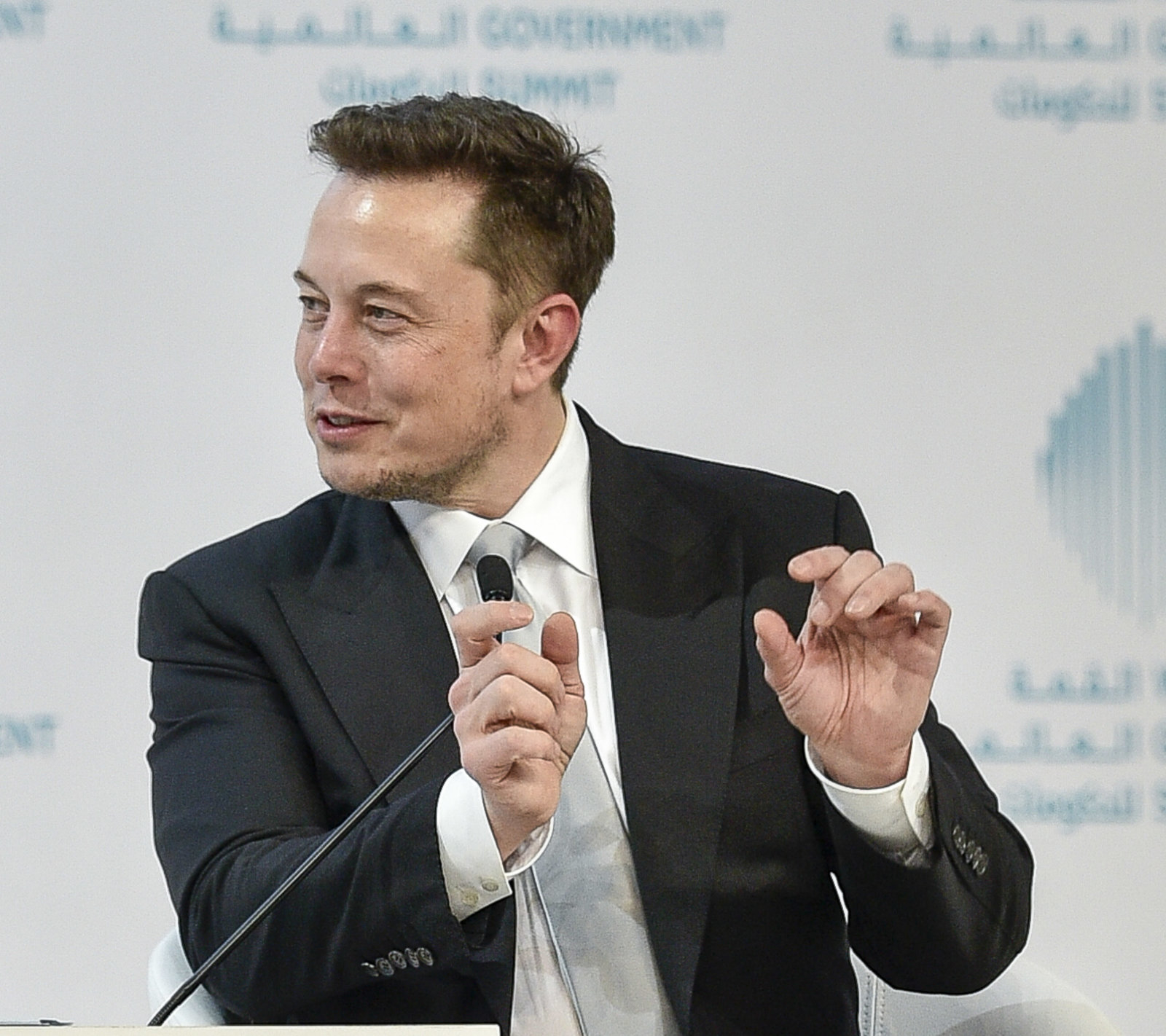 Tesla CEO Elon Musk attends a panel discussion at the World Government Summit 2017 in Dubai's Madinat Jumeirah on February 13, 2017. / AFP / STRINGER        (Photo credit should read STRINGER/AFP/Getty Images)