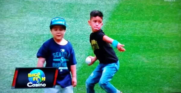 MLBマリナーズ、「キング」ことヘルナンデス投手、6歳の息子の才能もスゴすぎる