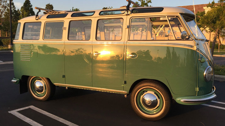 Volkswagen Bus 23-window type II green