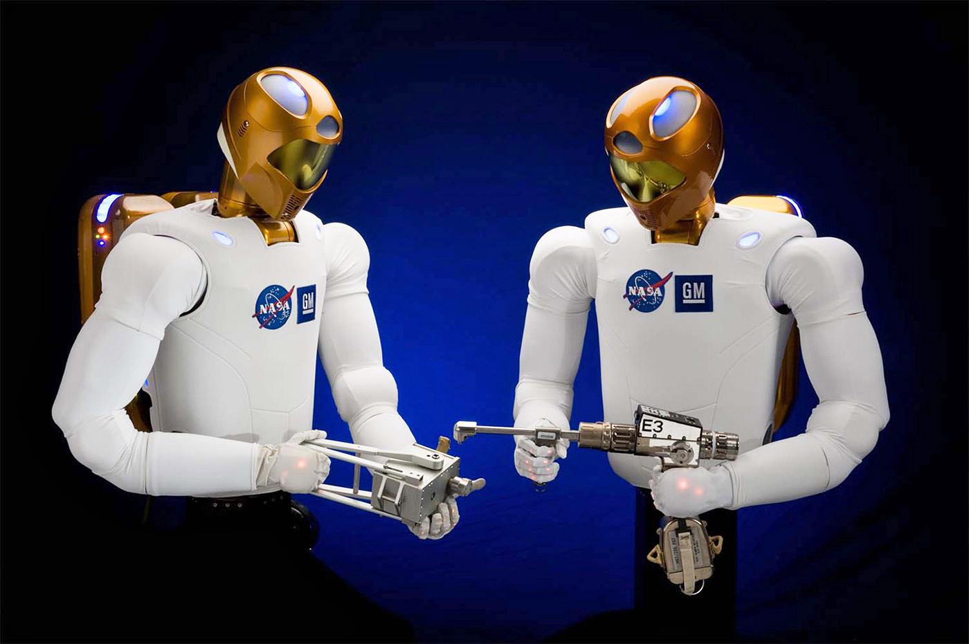 Robonaut 2 braucht neue Algorithmen für seine alten Augen