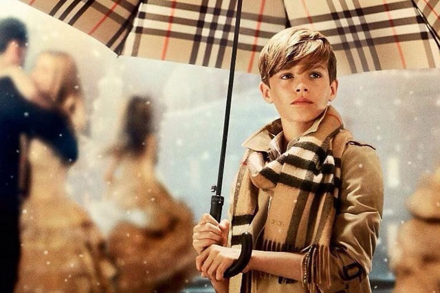 Romeo Beckham, 12, stars as Cupid in Burberry Christmas ad (video)