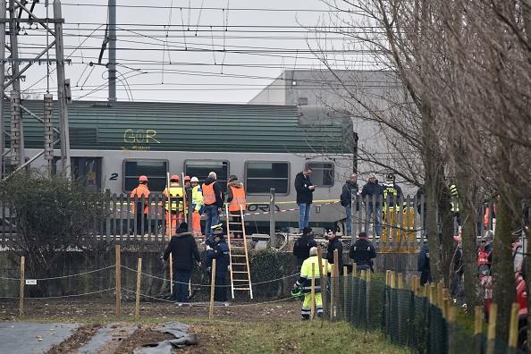 Italie: au moins deux morts après le déraillement d'un train près de Milan