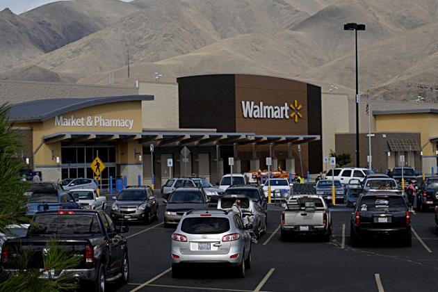 ウォルマート、米国の一部店舗で自動車販売を開始