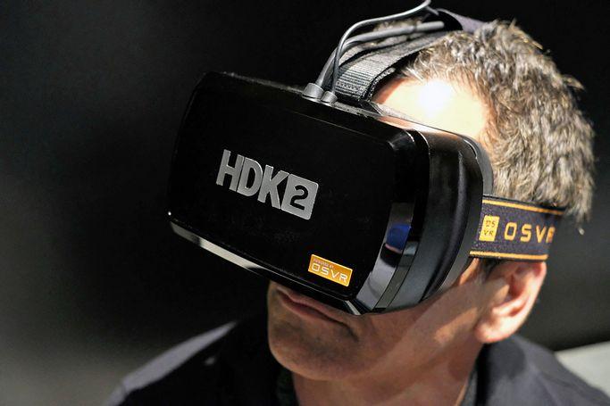 Razer sigue perfilando su casco de realidad virtual con el HDK2