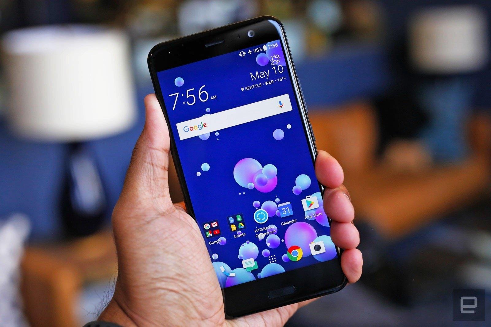 HTC U11 es ya uno de los primeros teléfonos 'no Google' en obtener Android Oreo