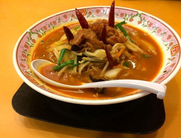 「餃子の王将」上野公園前店に客にオススメできない「悪魔の辛さ」ラーメンがあった!