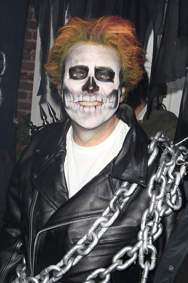 Jonathan Ross' star-studded Halloween party pictures!