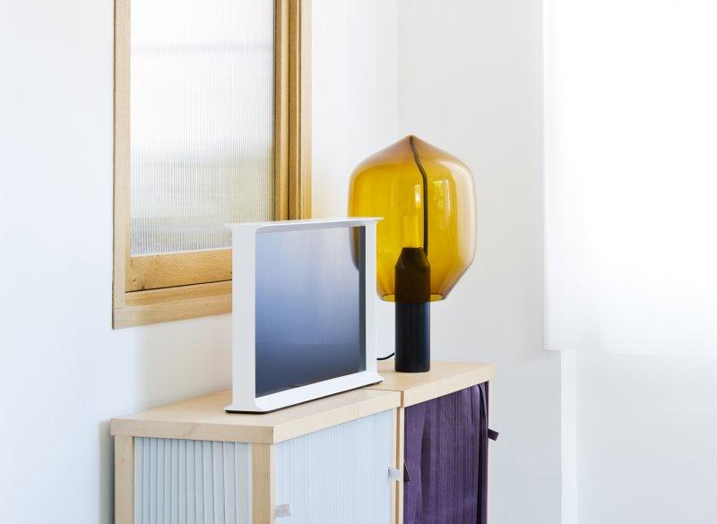 serif samsungs neue fernseher sind design objekte engadget deutschland. Black Bedroom Furniture Sets. Home Design Ideas