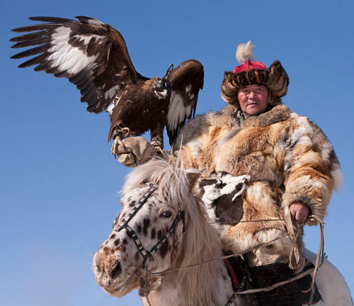 manliest photos on the internet, funny manly images, kyrgyzstan eagle hunting