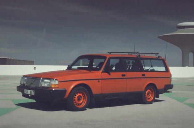 【ビデオ】自主製作のこのCMを見れば、きっと93年型ボルボ「240ワゴン」が欲しくなる