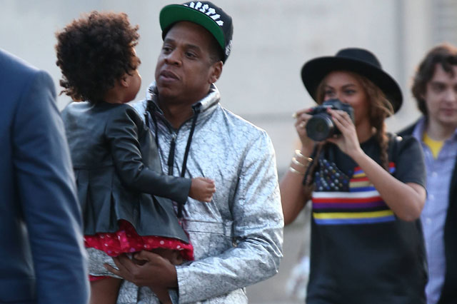 Beyoncé and Jay Z take Blue Ivy to the Louvre