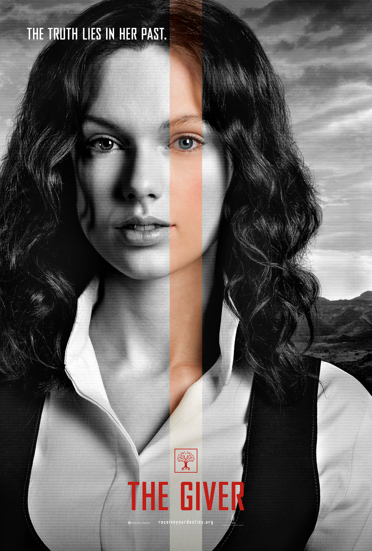 Taylor Swift goes brunette and makeup-free in movie poster for 'The Giver'