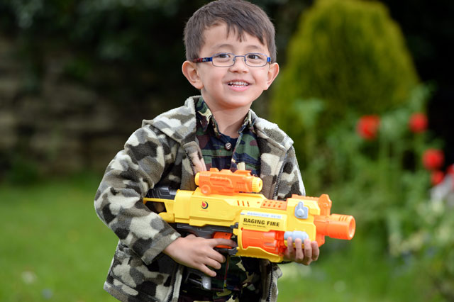 Boy's toy Nerf gun confiscated by airport security staff