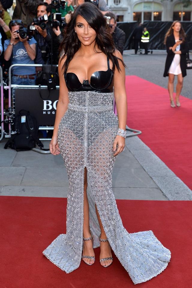 Kim Kardashian wins GQ's Woman of the Year Award