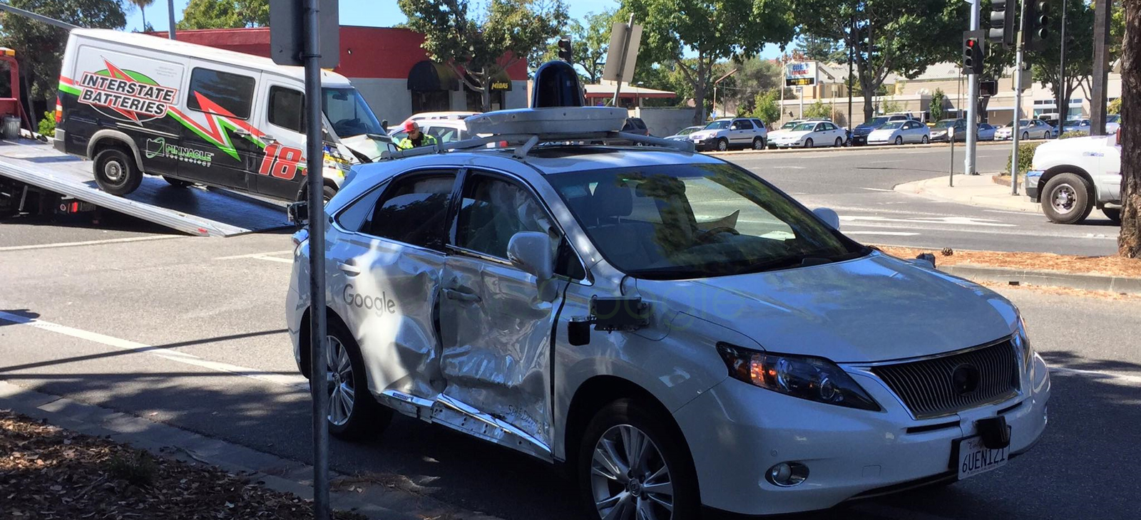 google self driving car intersection accident Un vehículo autónomo de Google es víctima de un nuevo accidente