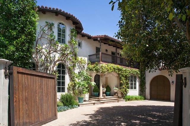 Reese Witherspoon Sells Last Part Of Her Brentwood Compound
