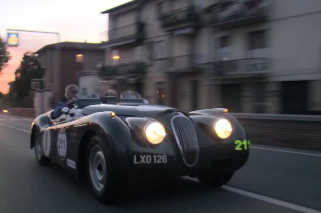 【ビデオ】ジェイ・レノがジャガー「XK120」でミッレミリア2014に出場!