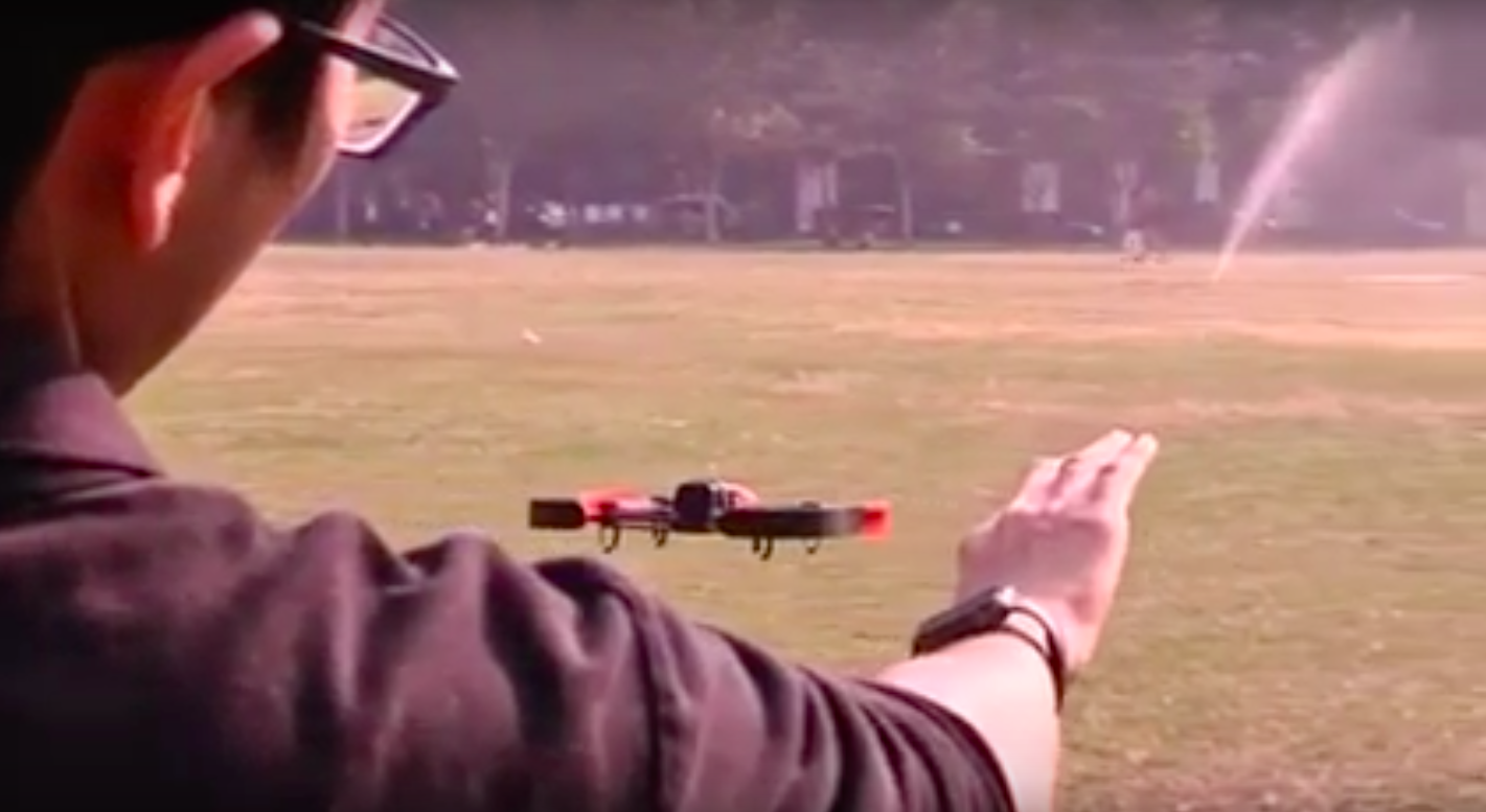Controla drones como un Jedi gracias a una app para Apple Watch
