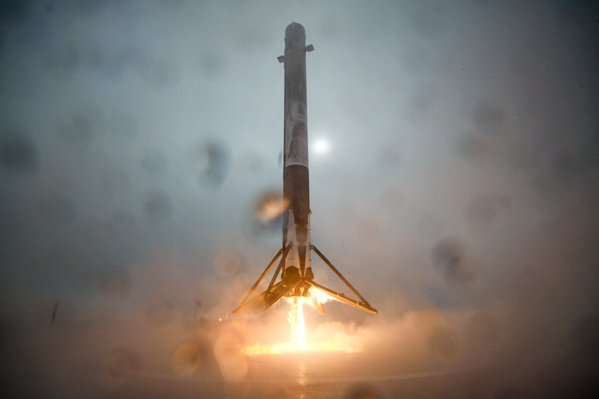 SpaceX Falcon 9: Video von der Bruchlandung