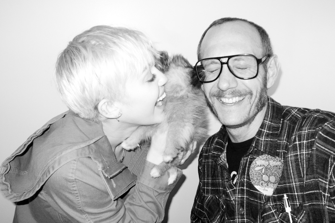 Top 9 at 9: Miley Cyrus plays nice with Terry Richardson & more style news
