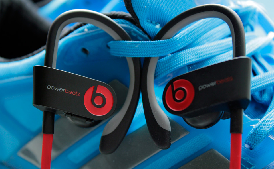 Powerbeats 2 Wireless Black Athlete