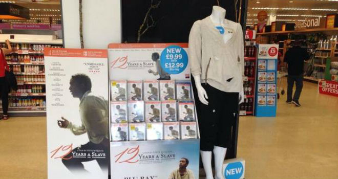 12 years a slave display mannequin controversy